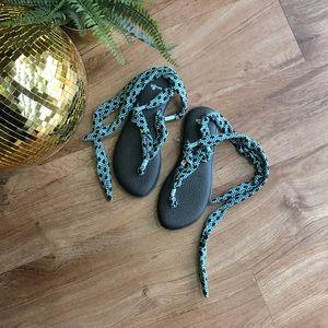 NWOT Sanuk Tie Up Sandals